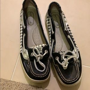 Houndstooth Sperry's